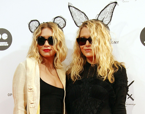 halloween is around the corner and a costume post is coming very soon but in the meantime i was wondering if you guys are dressing up this year - Mary Kate And Ashley Olsen Halloween