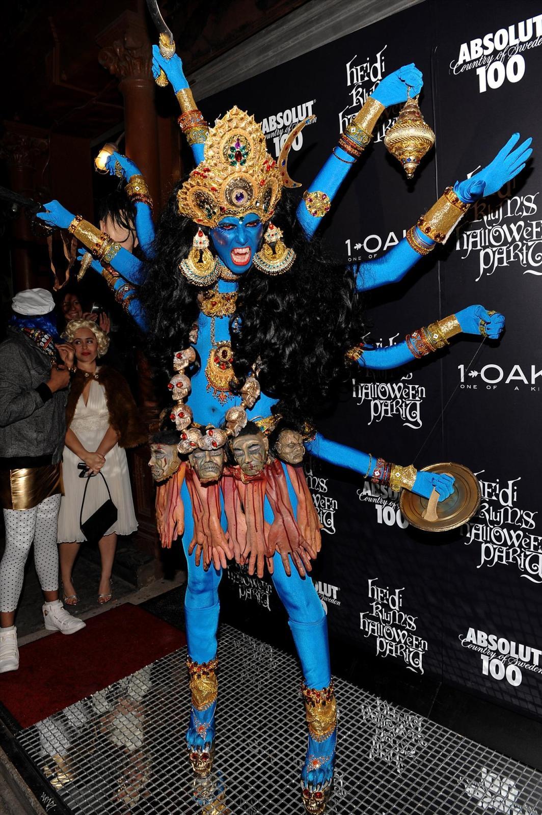 Heidi Klum's 10 Craziest Halloween Costumes | Her Campus