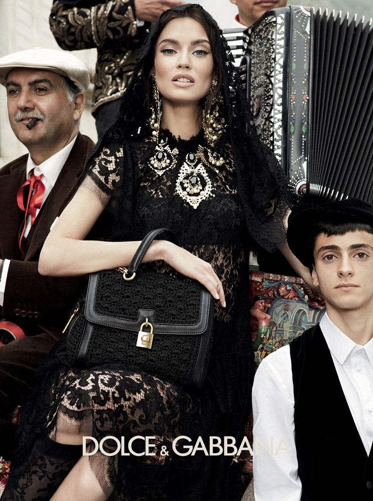 Dolce Gabanna Launches Hijab And Abaya Collection For: Dolce & Gabbana Fall 2012 Ad Campaign