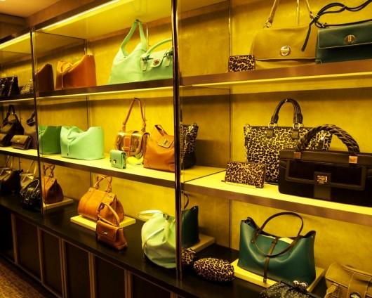 tiffany-and-co-holiday-shopping