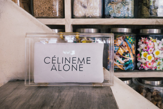mnologie-celine-me-alone