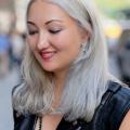 grey-silver-platinum-hair-street-style