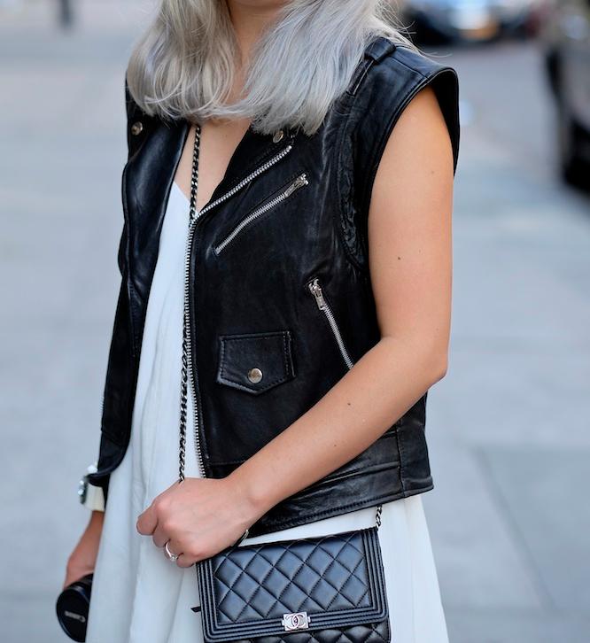 grey-silver-platinum-hair-street-style-3