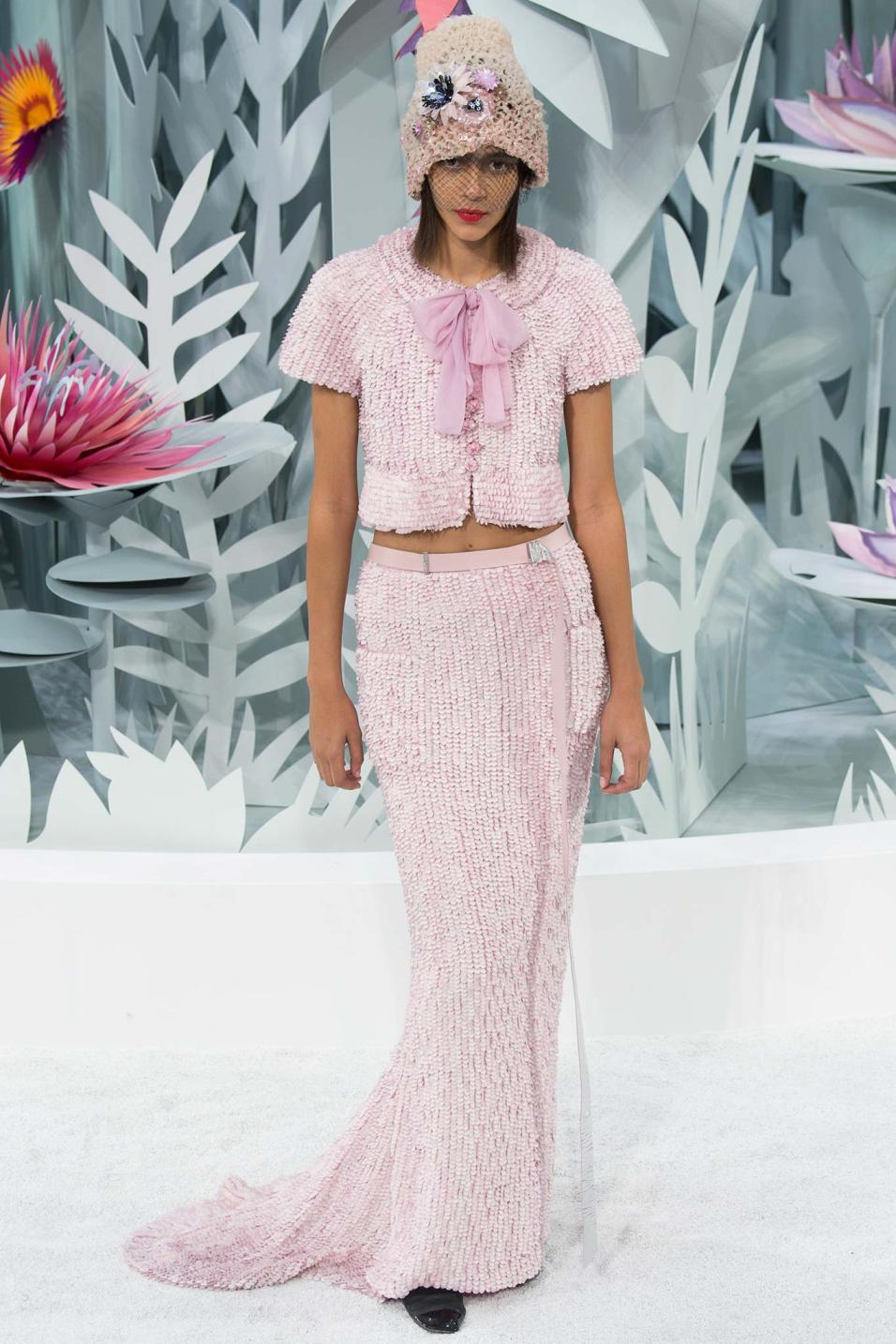 Chanel haute couture spring 2015 14 style blog for Chanel haute couture 2015