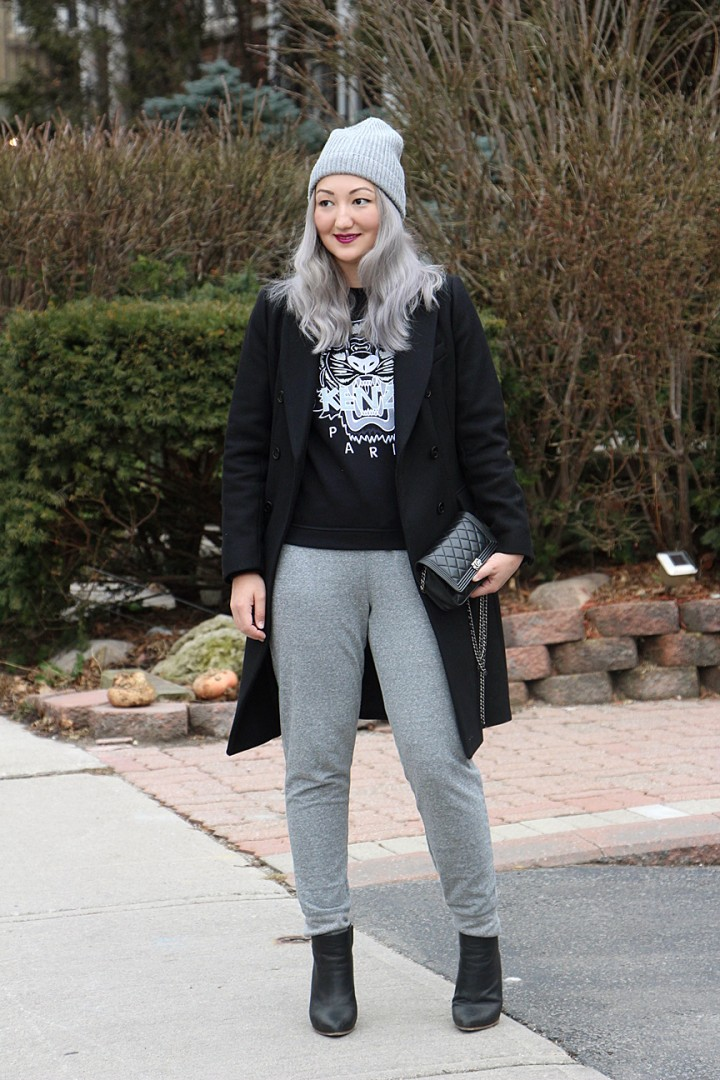 grey-hair-toque-sweatpants-kenzo-sweatshirt-15