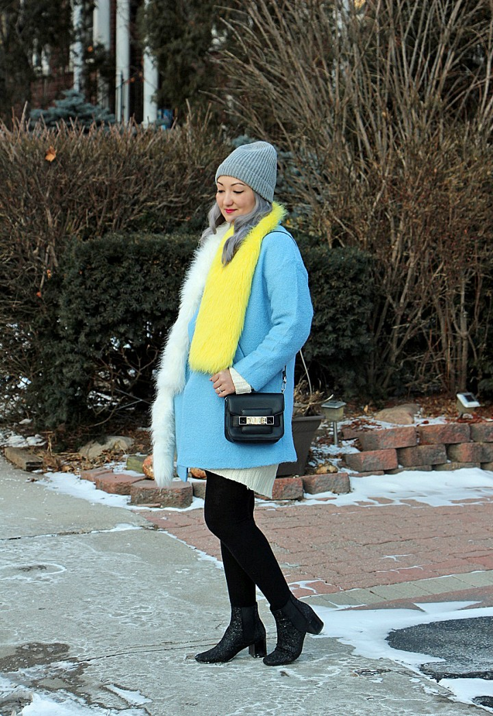 blue-coat-prada-fur-stole-silver-hair-2