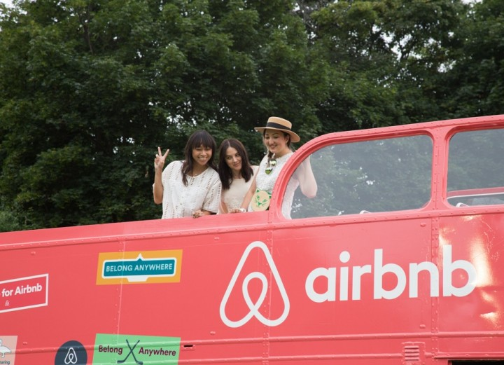 airbnb-bus-2