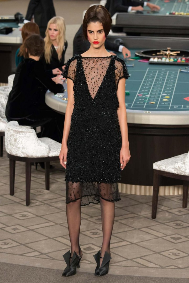 chanel-haute-couture-fall-2015-casino-chanel-15