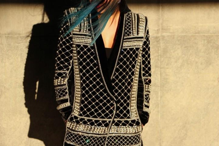 balmain-h&m-beaded-jacket-blazer-dress-over-the-knee-la-canadienne-boots-8