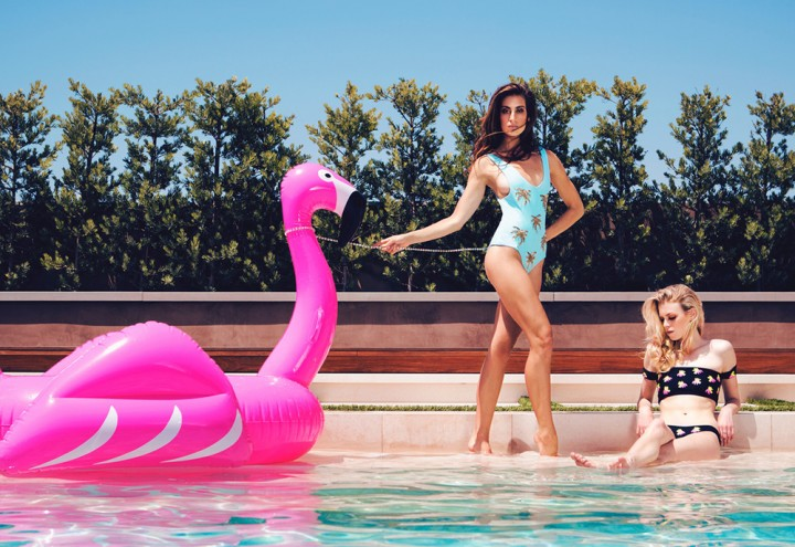 best-inflatable-pool-floats-flamingo