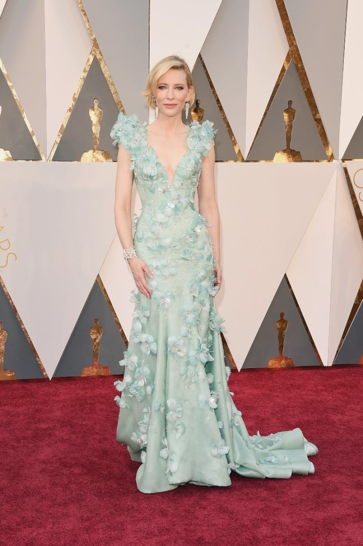 The-Oscars-2016-Best-Dressed-Cate-Blanchett
