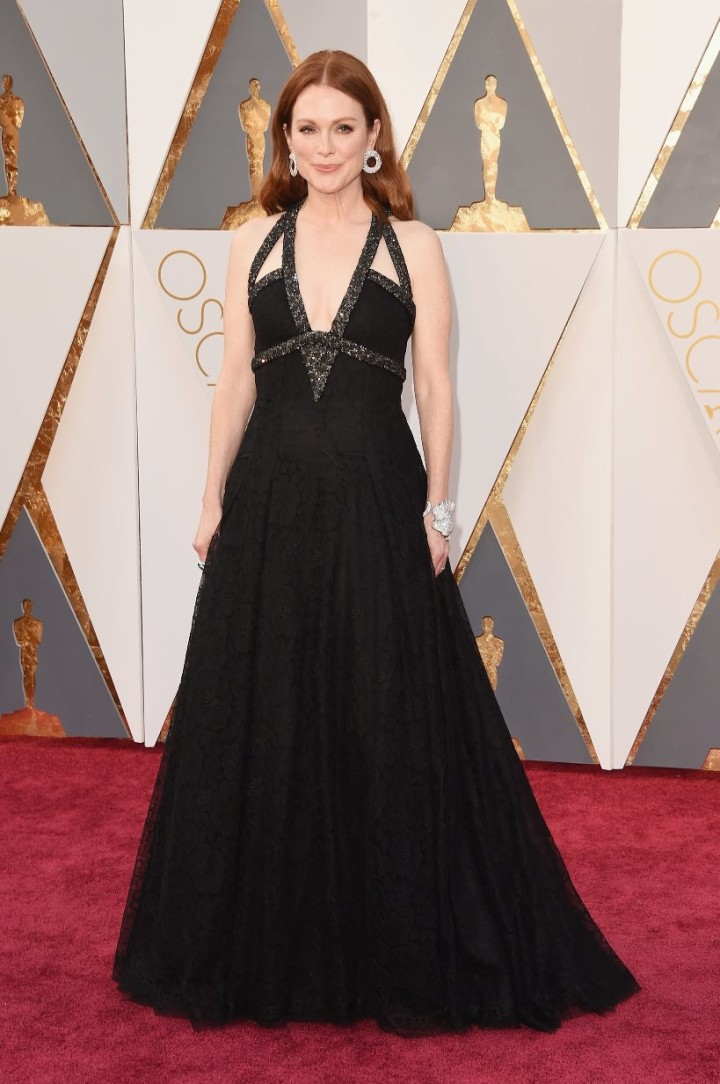 The-Oscars-2016-Best-Dressed-Julianne-Moore