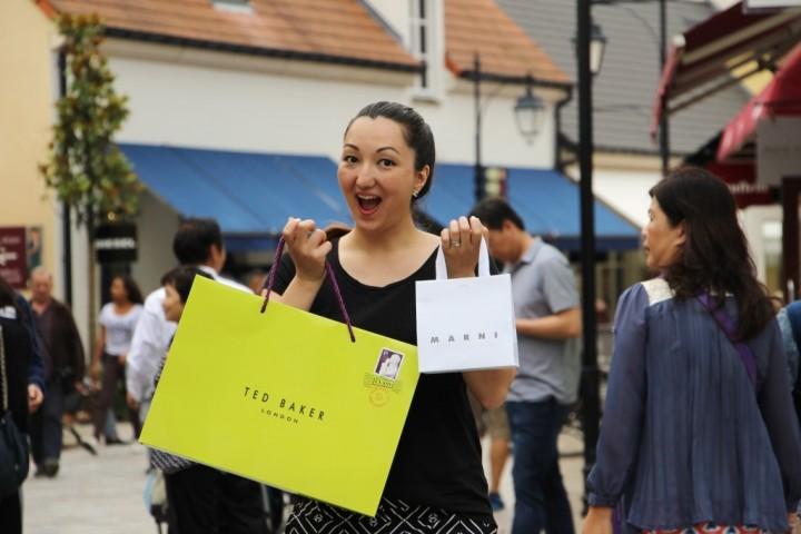la-vallee-village-designer-outlets-paris-7 | Style Blog | Canadian ...