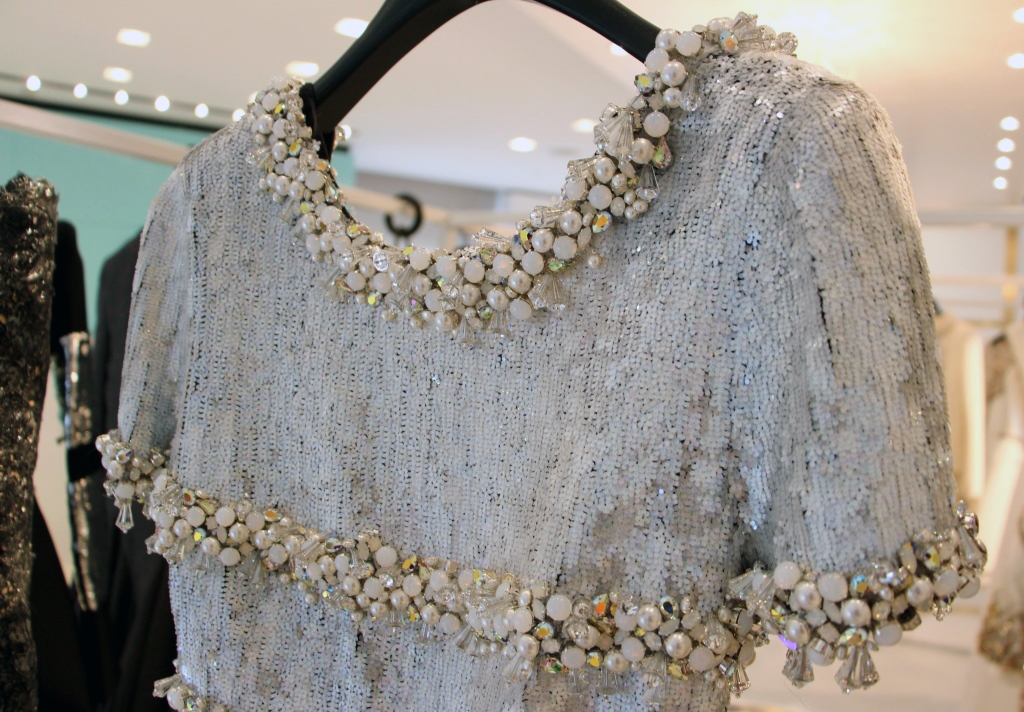 Chanel haute couture fall 2014 details 11 style blog for Buy haute couture