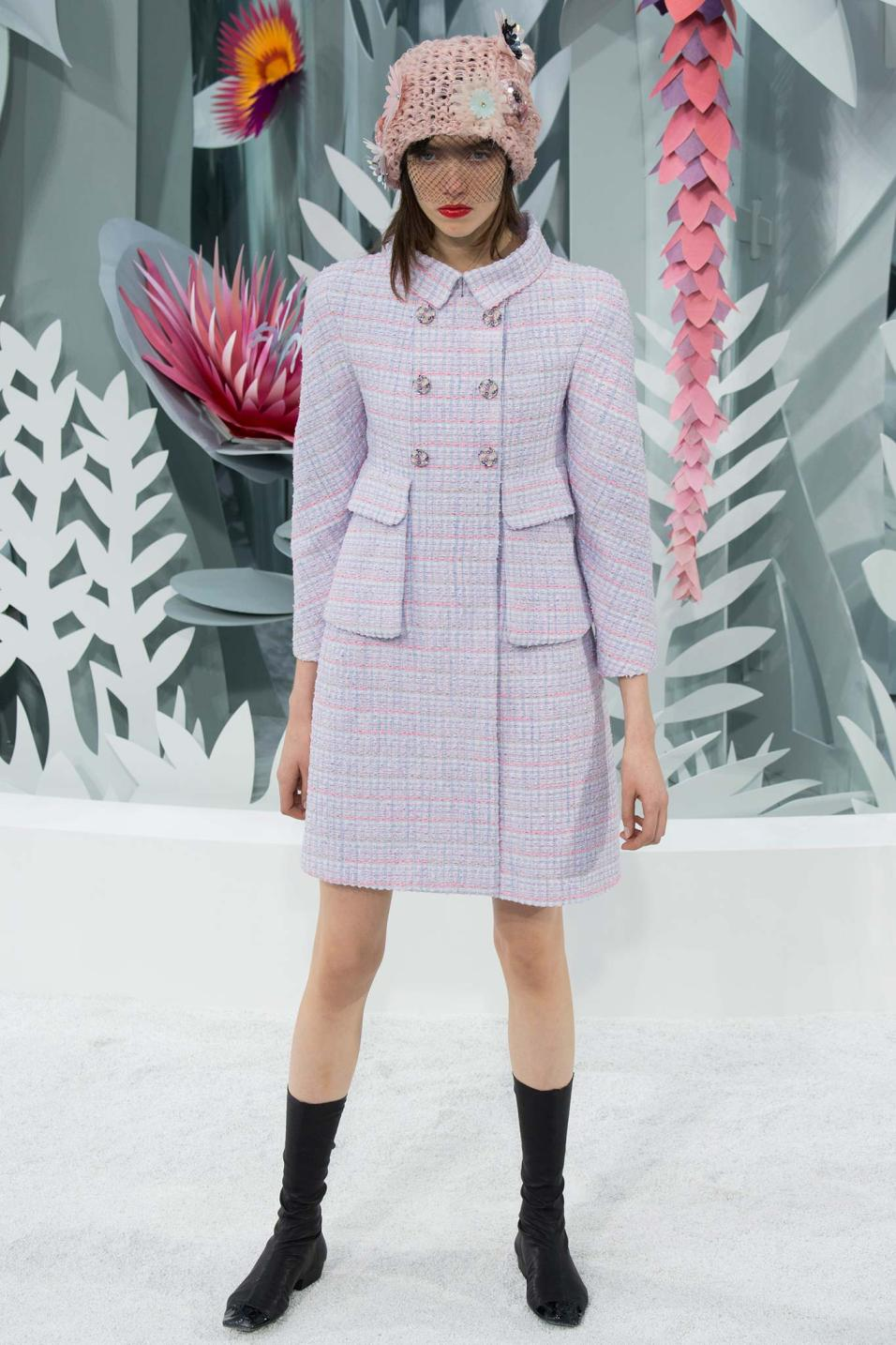 Chanel haute couture spring 2015 style blog canadian for Chanel haute couture price range